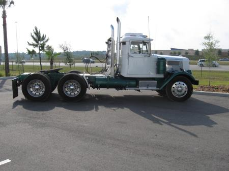 http://forums.justoldtrucks.com/uploads/images/e58500cc-af0d-4316-9dd6-56fe.jpg