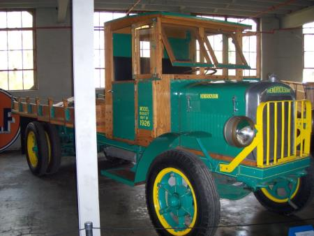 http://forums.justoldtrucks.com/uploads/images/eb3da26b-da85-40fc-945f-ce1a.jpg