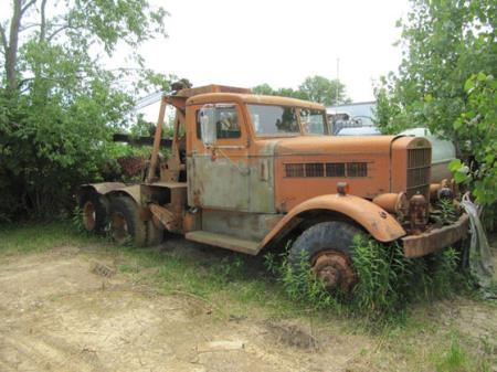 http://forums.justoldtrucks.com/uploads/images/f18df27e-9401-462b-8740-61e6.jpg