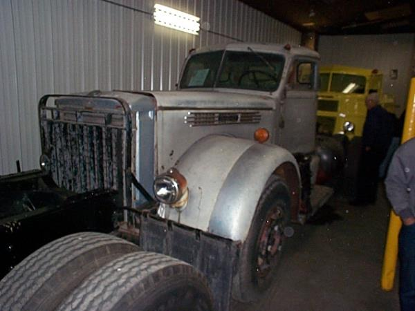 http://forums.justoldtrucks.com/uploads/images/f70ce62f-d1f4-4544-972b-37a4.jpg